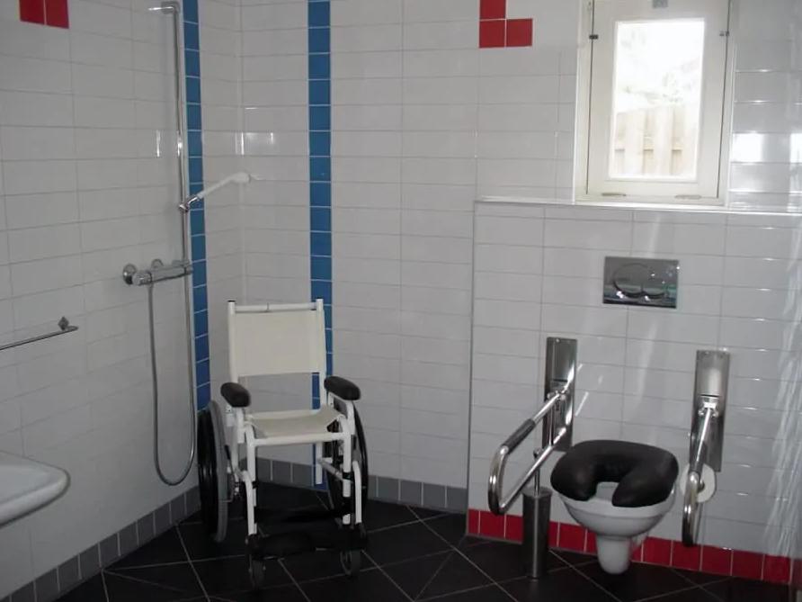 woningaanpassing rolstoelvriendelijke badkamer