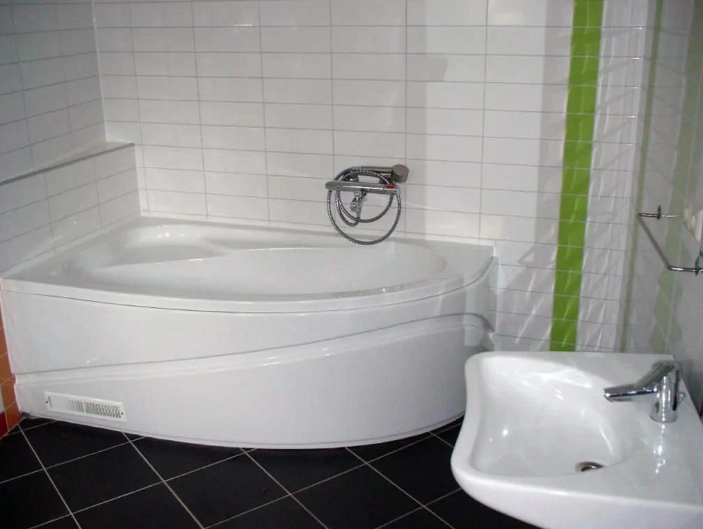 woningaanpassing badkamer met bad